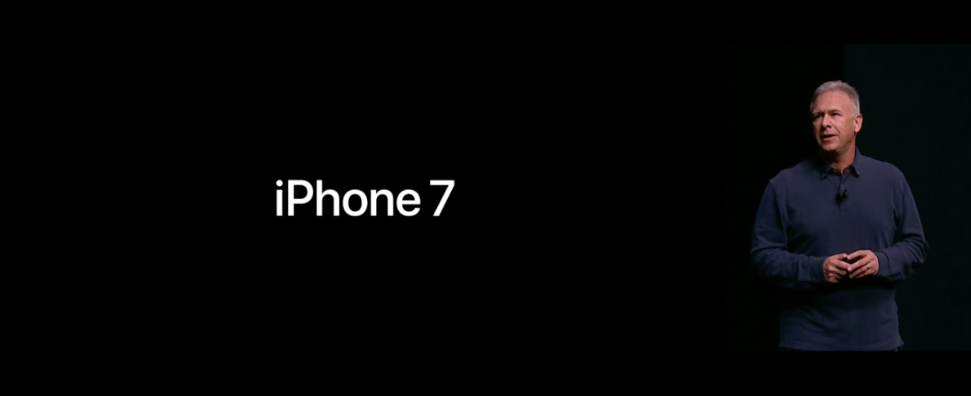 phil-schiller-iphone-7-plus